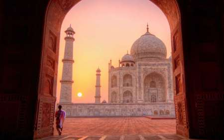 Glorious Sunrise Tour Of Agra Taj Mahal From Delhi