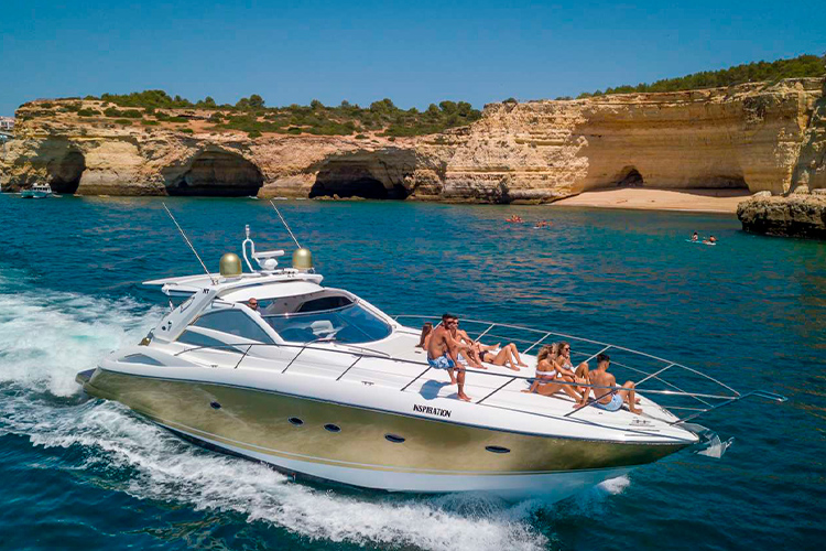 Motorboat charter in the Algarve coast